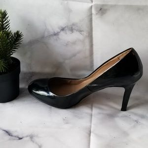 Ann Taylor Black Patent Leather High Heel Pumps